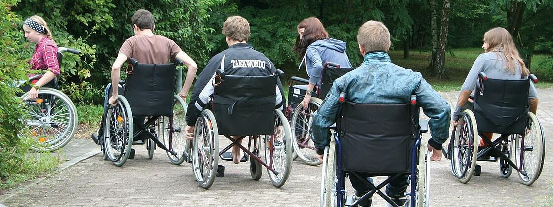Rollstuhlfahrer rgb